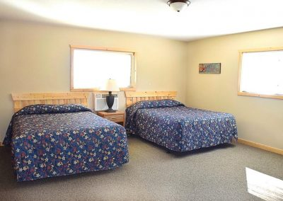 5 Bedroom Cabin Bedrooms Canary Beach Resort MN