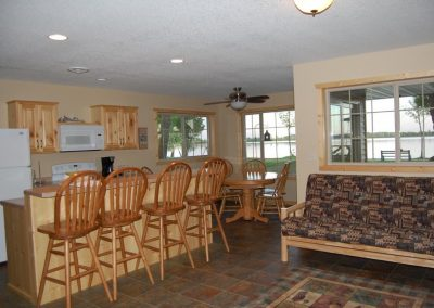 Three Bedroom Cabin Family Room Canary Beach Resort MN