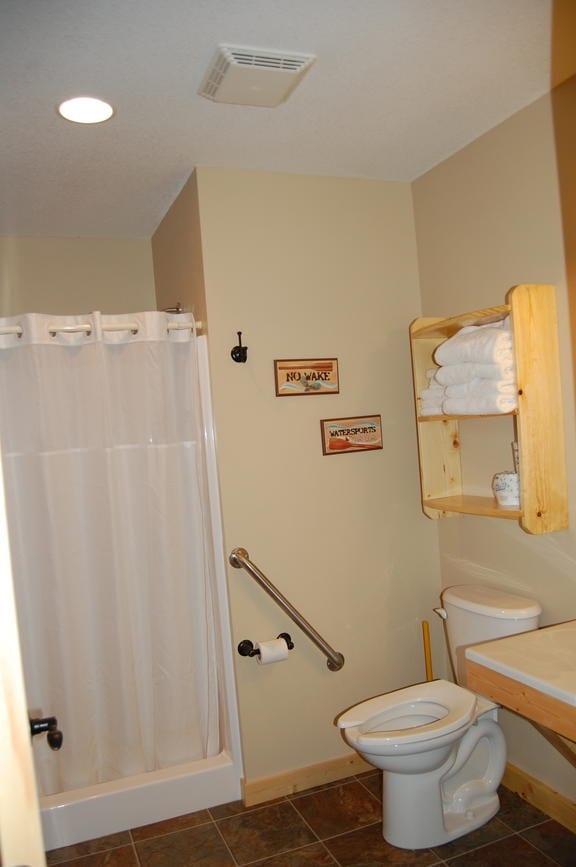 3 Bedroom Cabin Bath Canary Beach Resort Minnesota