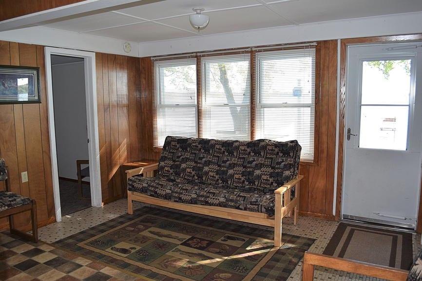 Finch House Family Room Canary Beach Resort MN