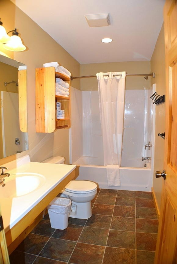 Two Bedroom Bathroom Canary Beach Resort Minnesota